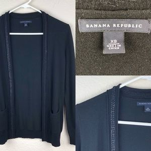 Banana Republic Black wool and cashmere sweater